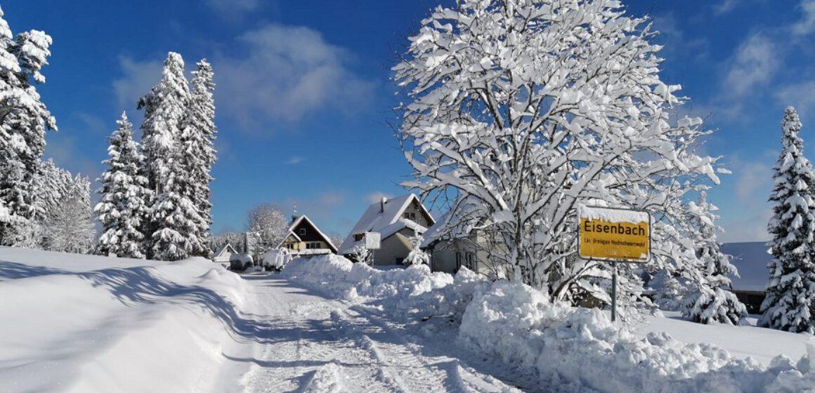 Eisenbach-2020-2021-Winterlandschaft-Winter-Ortsschild